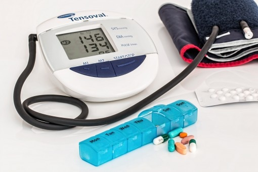 Kit to check normal blood pressure